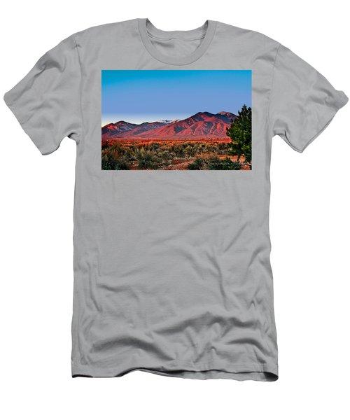 Sangre De Cristos Xxxi Men's T-Shirt (Athletic Fit)