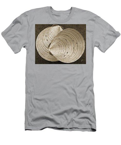 Seashells Spectacular No 11 Men's T-Shirt (Athletic Fit)