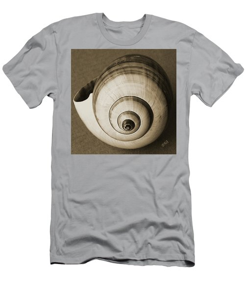 Seashells Spectacular No 25 Men's T-Shirt (Athletic Fit)