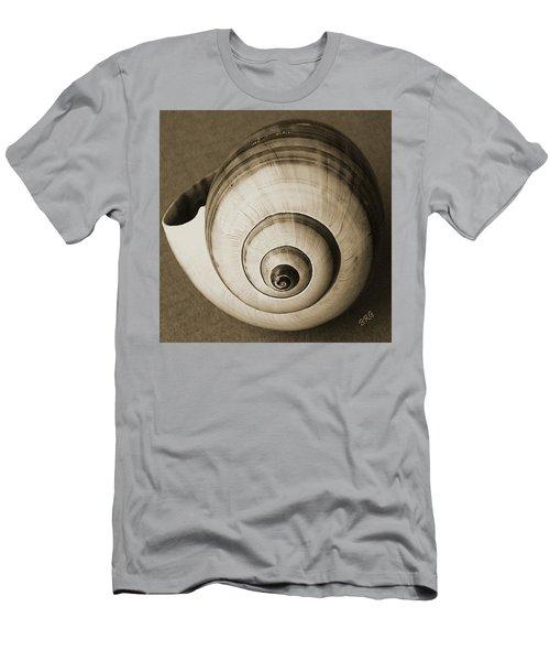 Seashells Spectacular No 25 Men's T-Shirt (Athletic Fit)