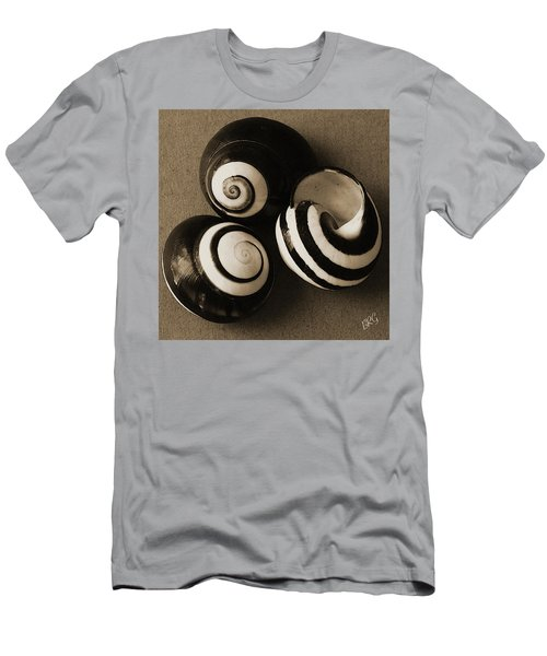 Seashells Spectacular No 27 Men's T-Shirt (Athletic Fit)