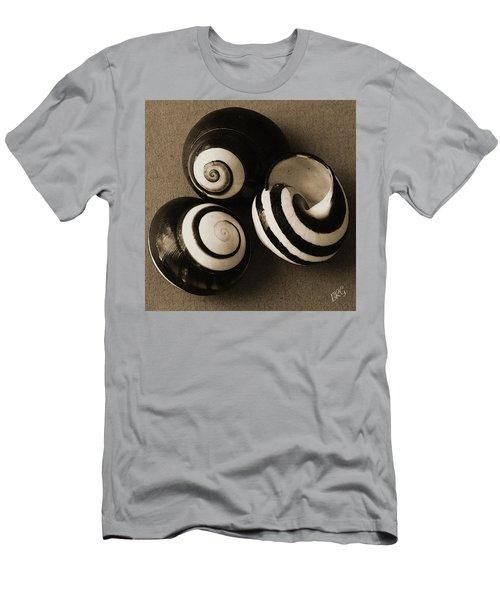 Seashells Spectacular No 27 Men's T-Shirt (Athletic Fit)
