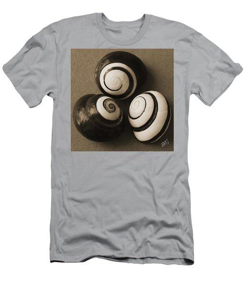 Seashells Spectacular No 28 Men's T-Shirt (Athletic Fit)