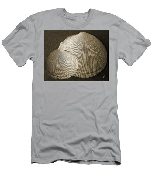 Seashells Spectacular No 8 Men's T-Shirt (Athletic Fit)