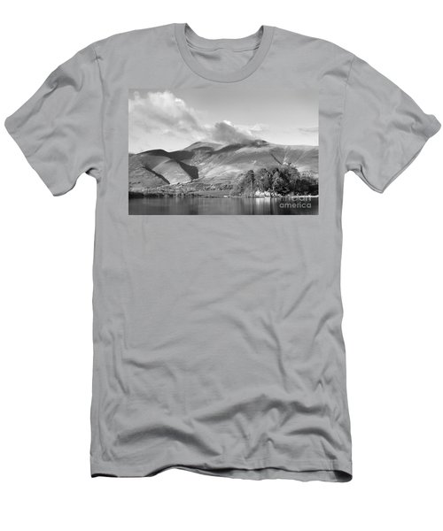 Skiddaw And Friars Crag Mountainscape Men's T-Shirt (Athletic Fit)