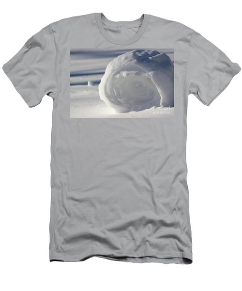 Snow Roller In Late Afternoon Men's T-Shirt (Athletic Fit)