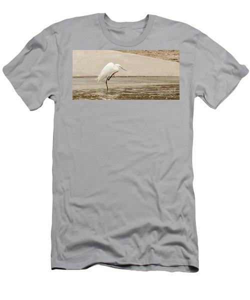 Snowy Egret Taking Advantage Of The Flood Men's T-Shirt (Athletic Fit)