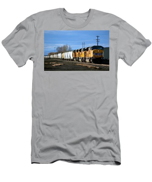 Southern Pacific Loading Up Men's T-Shirt (Athletic Fit)