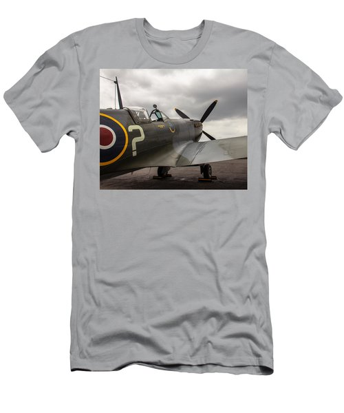 Spitfire On Display Men's T-Shirt (Athletic Fit)