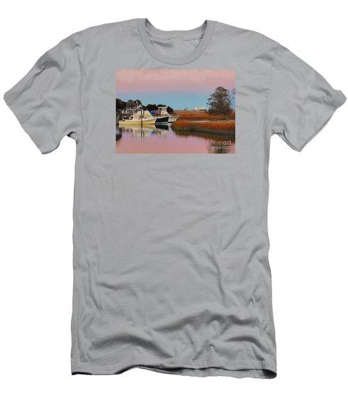 Sun Setting At Murrells Inlet Men's T-Shirt (Slim Fit)