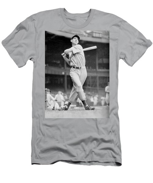 Ted Williams Swing Men's T-Shirt (Athletic Fit)