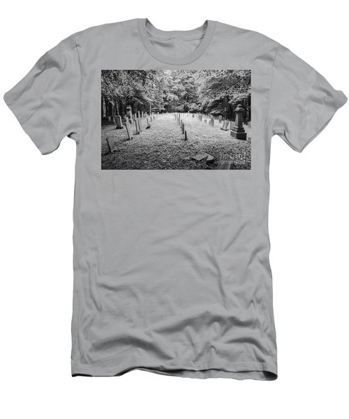 Terpenning Cemetery B And W Men's T-Shirt (Athletic Fit)