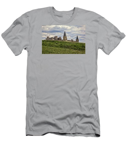 The Castle - Versailles Ky Men's T-Shirt (Athletic Fit)