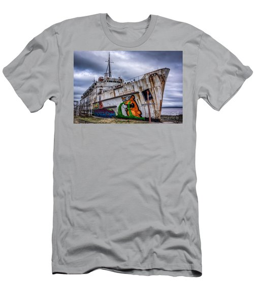 The Duke Of Lancaster Men's T-Shirt (Slim Fit)