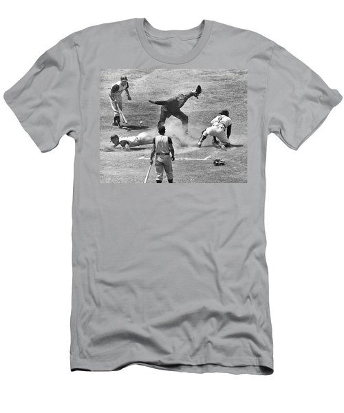 The Umpire Calls It Safe Men's T-Shirt (Athletic Fit)