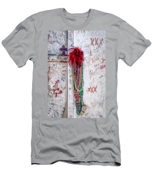 Tomb Of Marie Laveau New Orleans Men's T-Shirt (Athletic Fit)