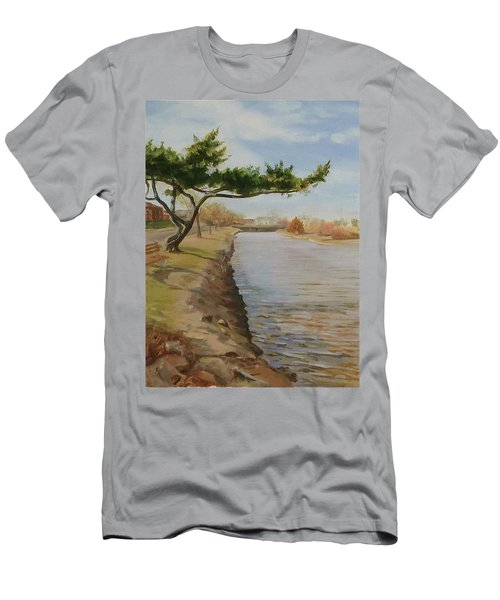 Tree With Lake Men's T-Shirt (Slim Fit)