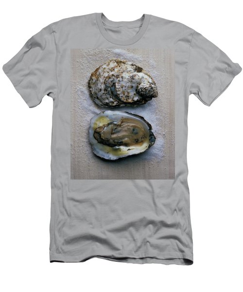 Two Oysters Men's T-Shirt (Athletic Fit)
