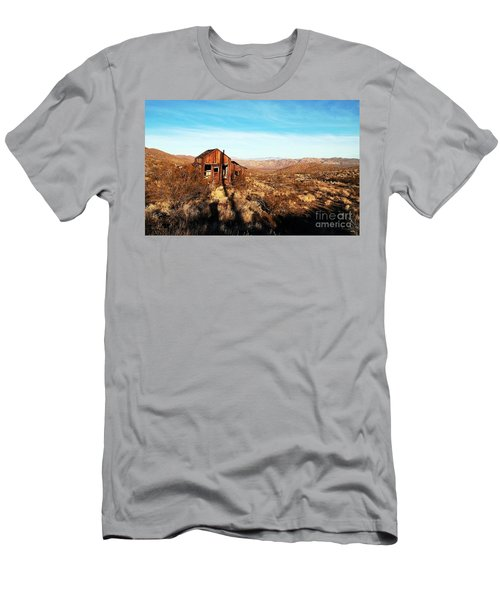 View Estate - Randsburg California Men's T-Shirt (Athletic Fit)
