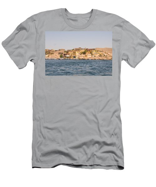 View From Boat Men's T-Shirt (Athletic Fit)