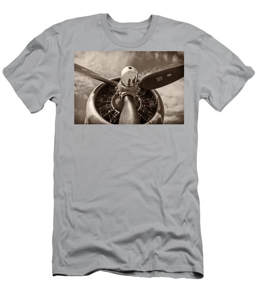 Vintage B-17 Men's T-Shirt (Athletic Fit)