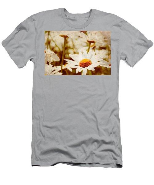Vintage Daisy Men's T-Shirt (Athletic Fit)