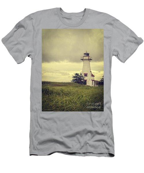 Vintage Lighthouse Pei Men's T-Shirt (Athletic Fit)
