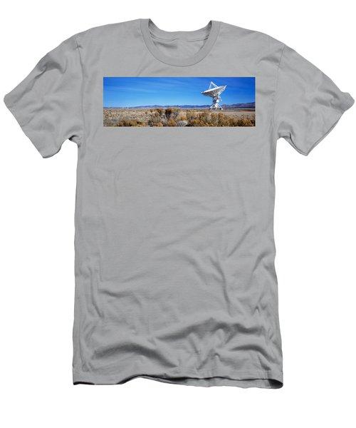 Vla Telescope, Socorro, New Mexico, Usa Men's T-Shirt (Athletic Fit)