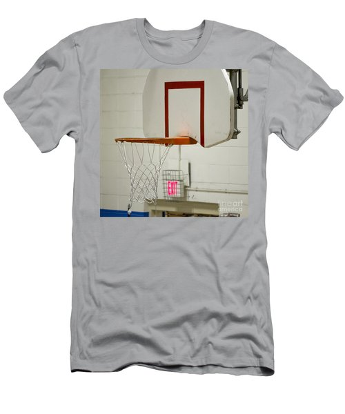 Waiting For The Ball Men's T-Shirt (Athletic Fit)