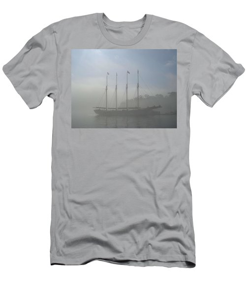 Waiting For The Tide Men's T-Shirt (Athletic Fit)