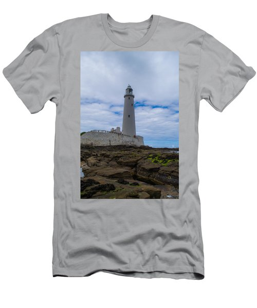 Whitley Bay St Mary's Lighthouse Men's T-Shirt (Athletic Fit)