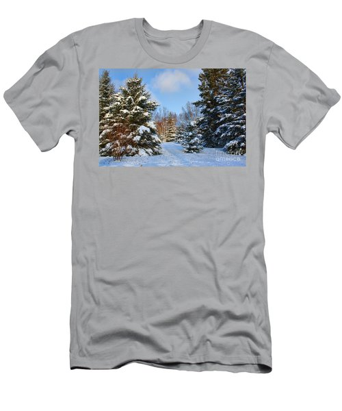 Winter Scenery Men's T-Shirt (Athletic Fit)