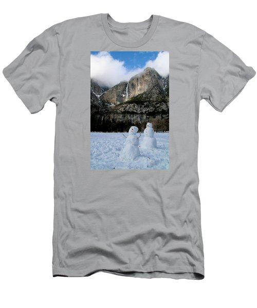 Yosemite Falls Snowmen Men's T-Shirt (Athletic Fit)