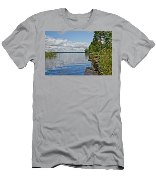 Lake Seliger Men's T-Shirt (Athletic Fit)