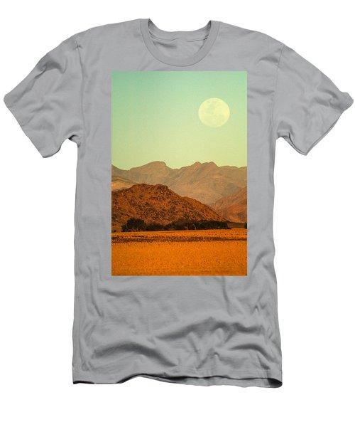 Desert Moonrise Men's T-Shirt (Athletic Fit)