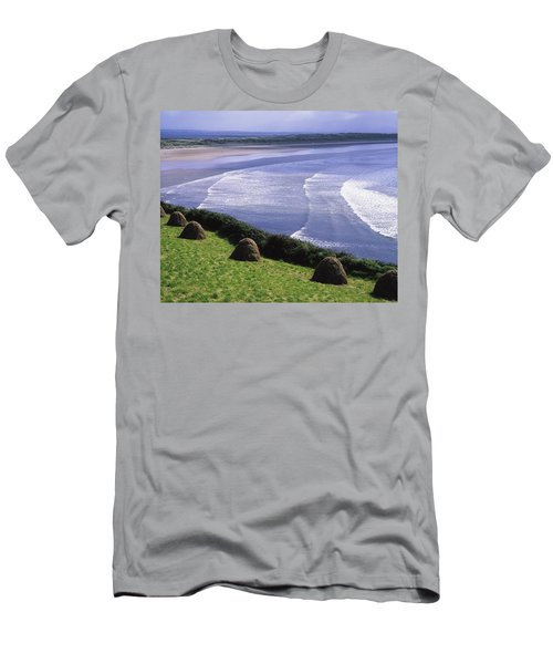 Inch Beach, Co Kerry, Ireland Men's T-Shirt (Athletic Fit)