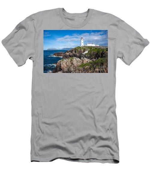 Irish Lighthouse Men's T-Shirt (Athletic Fit)