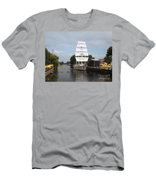 Merdijanas. Klaipeda. Lithuania. Men's T-Shirt (Athletic Fit)
