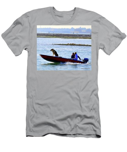 Watching The Road Men's T-Shirt (Athletic Fit)