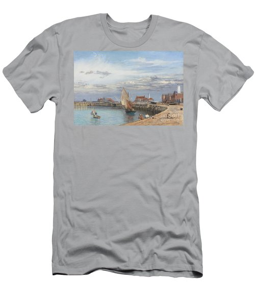 Entrance To Yarmouth Harbour Men's T-Shirt (Athletic Fit)