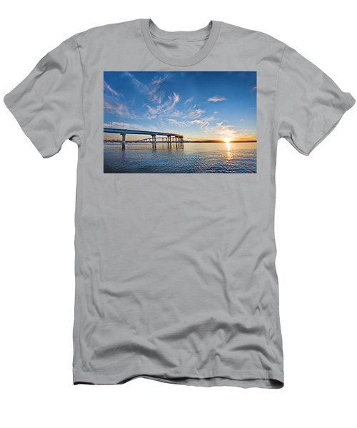 Bridge Sunrise Men's T-Shirt (Athletic Fit)