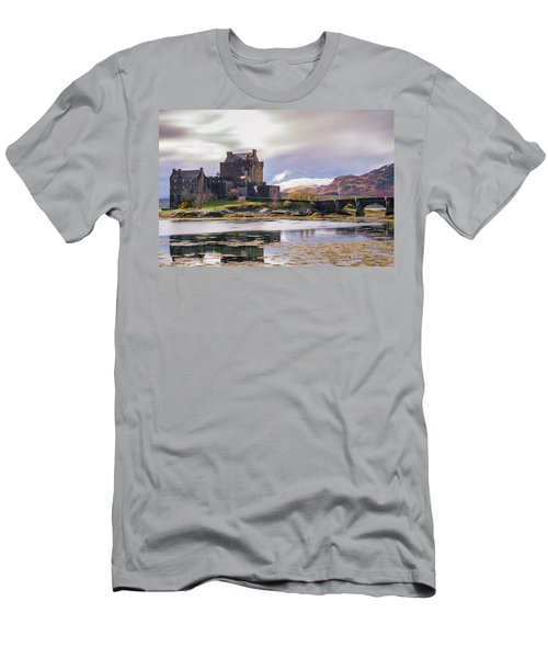 Eilean Donan Castle, Dornie, Kyle Of Lochalsh, Isle Of Skye, Scotland, Uk Men's T-Shirt (Athletic Fit)