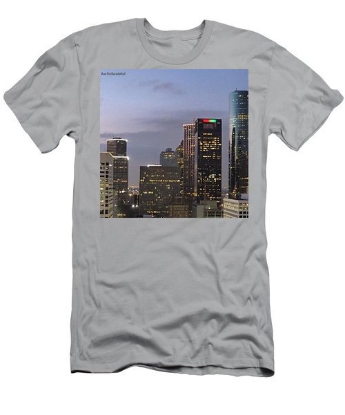 #flashbackfriday - The View Of Men's T-Shirt (Athletic Fit)