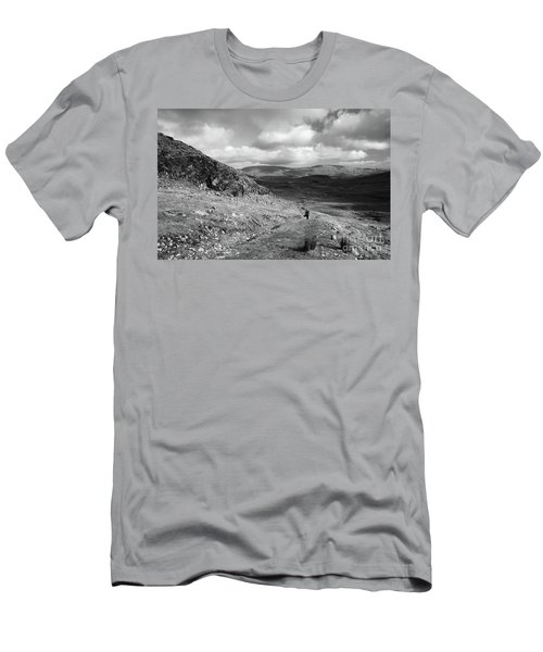 Maumeen Trail Men's T-Shirt (Athletic Fit)