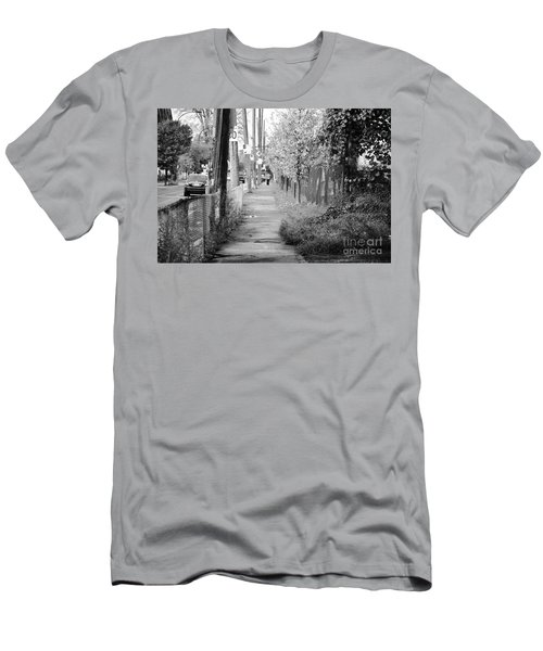 Montreal Street Photography Men's T-Shirt (Athletic Fit)