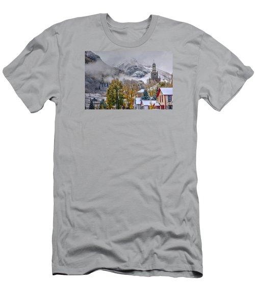 Silverton Colorado Men's T-Shirt (Athletic Fit)