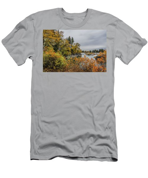 Snake River Greenbelt Walk In Autumn Men's T-Shirt (Slim Fit) by Yeates Photography