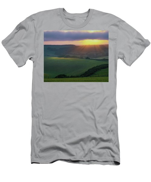 Sunset Over The South Downs Men's T-Shirt (Athletic Fit)