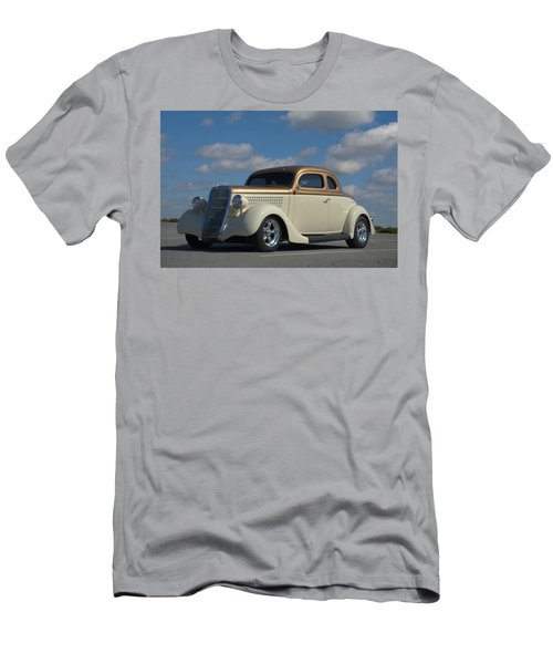 1935 Ford Coupe Hot Rod Men's T-Shirt (Athletic Fit)