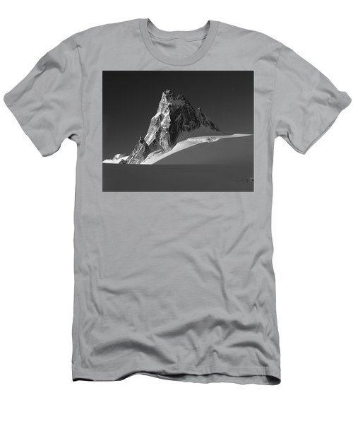 1m2716-bw Sunrise On Pigeon Spire Men's T-Shirt (Athletic Fit)
